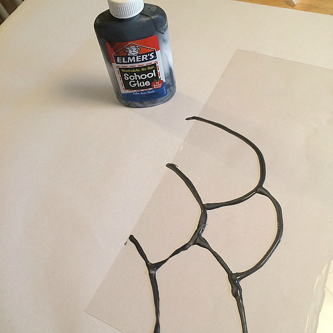 black glue crafts